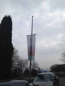 Schulflagge Halbmast